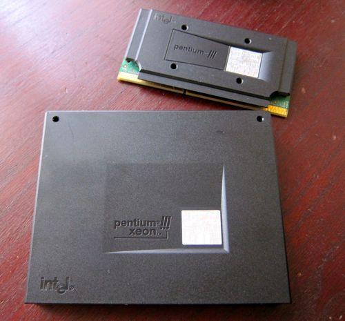 Slot2_PentiumIII_1.jpg