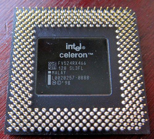 Socket370_Celeron_PPGA_2.jpg