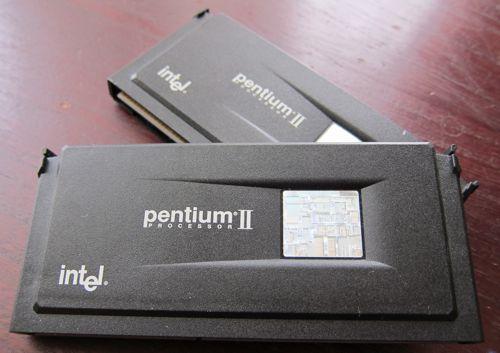 Slot1_PentiumII_1.jpg